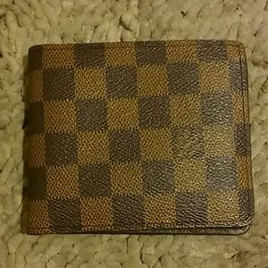 Other - Louis Vuitton Men's Wallet Authentic